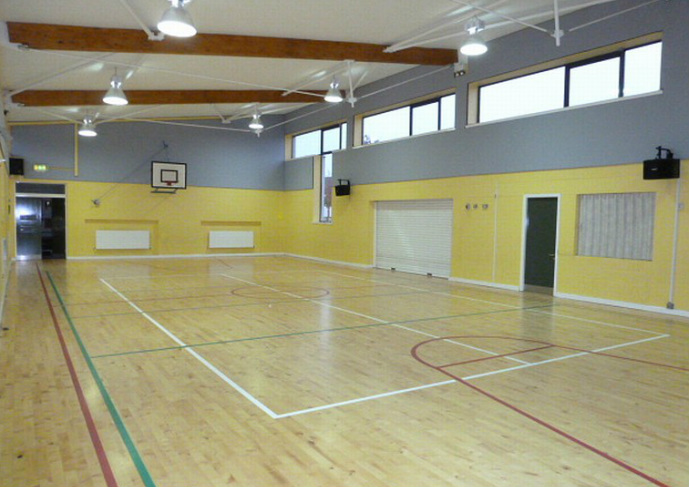 Scoil Thomais gym hall